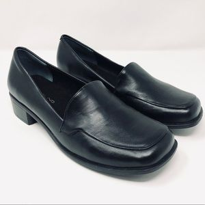 BANDOLINO BLACK SHOES SIZE 7.5